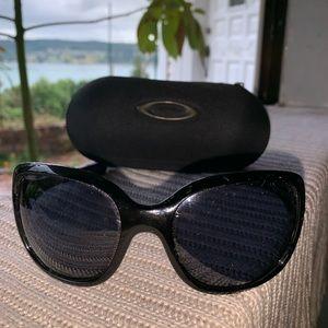 Oakley Necessity Women's Sunglasses 009122-01